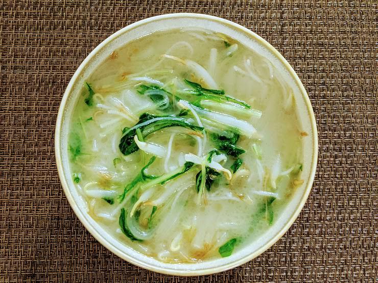 完成した白湯ビーフン